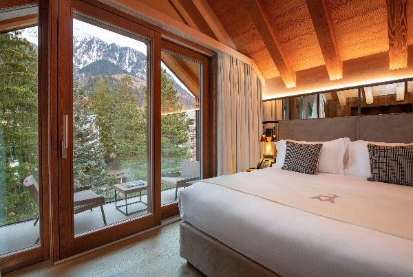 IHC – Le Massif, Courmayeur, Italy