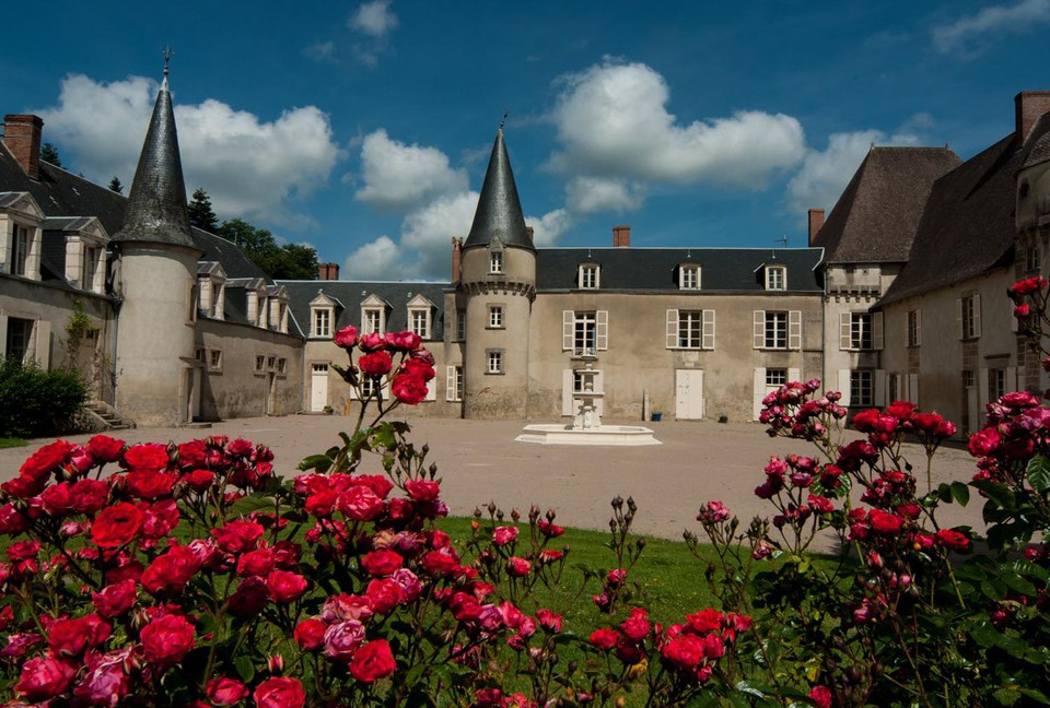 Intriguing Historic Homes for Your Next Luxury Trip