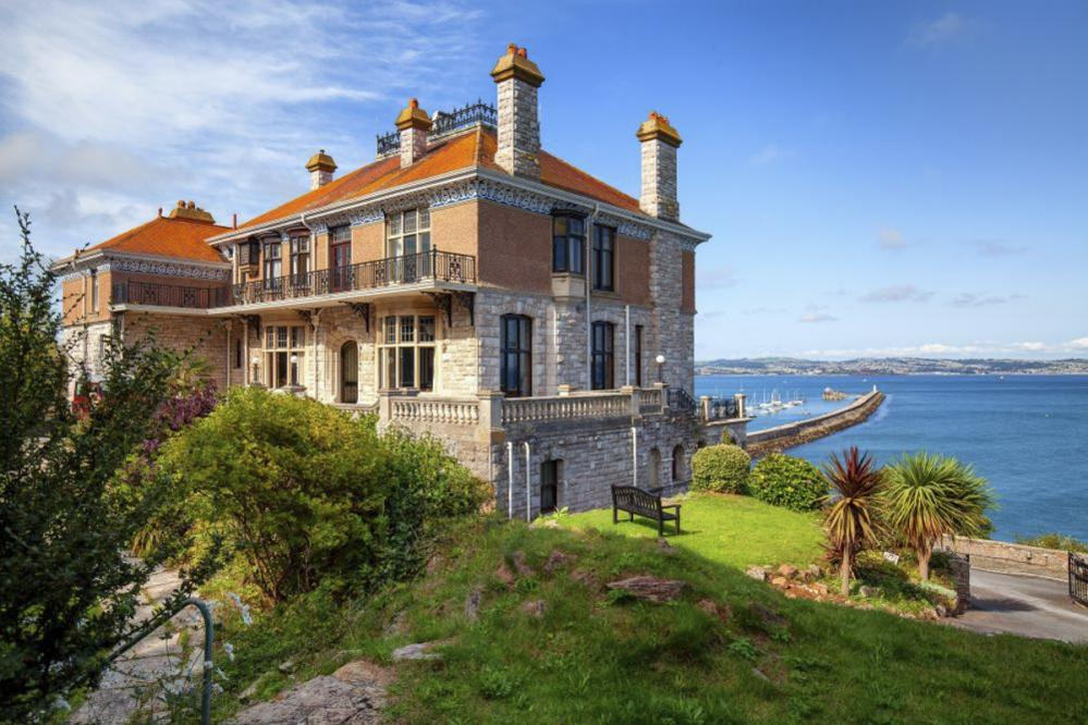 The Quirky and The Quaint: Oliver's Travels Top Six UK Properties